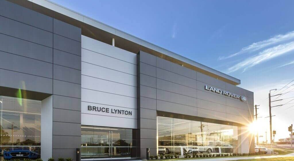 Bruce-Lynton-Land-Rover-Southport-Cladding-Creations-1024x641